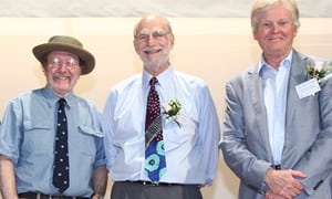 Jeffrey C. Hall, Michael Rosbash e Michael W. Young